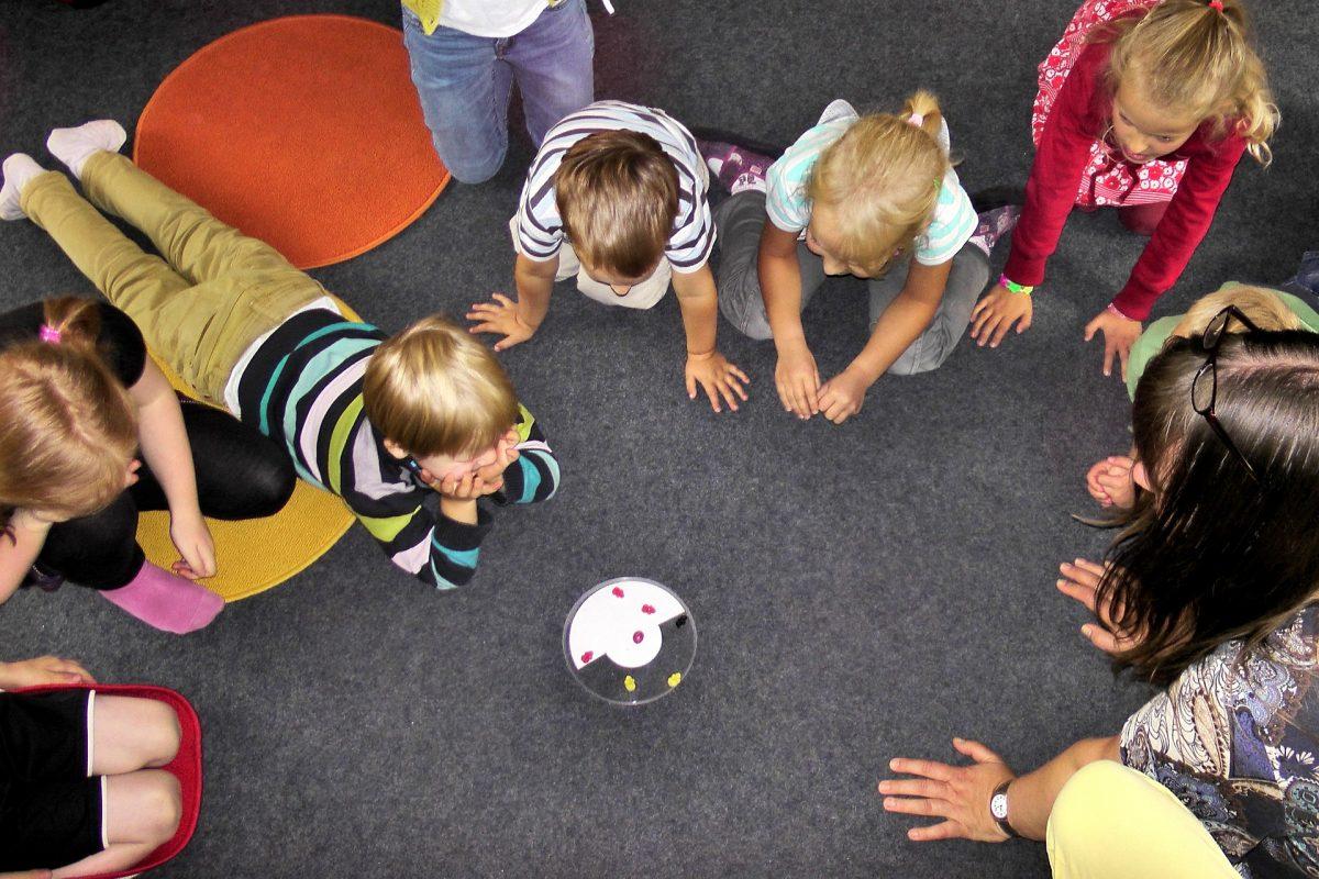 kindergarten-504672_1920-1200x800.jpg